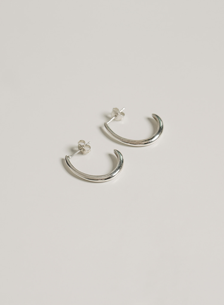 [92.5 silver] Curve line earring (2color)