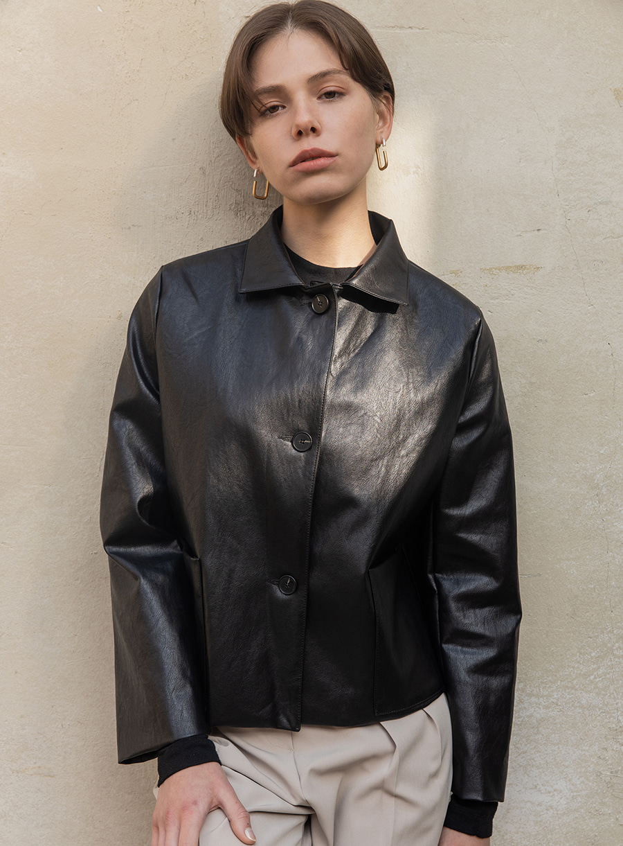 Leather short jacket (black)